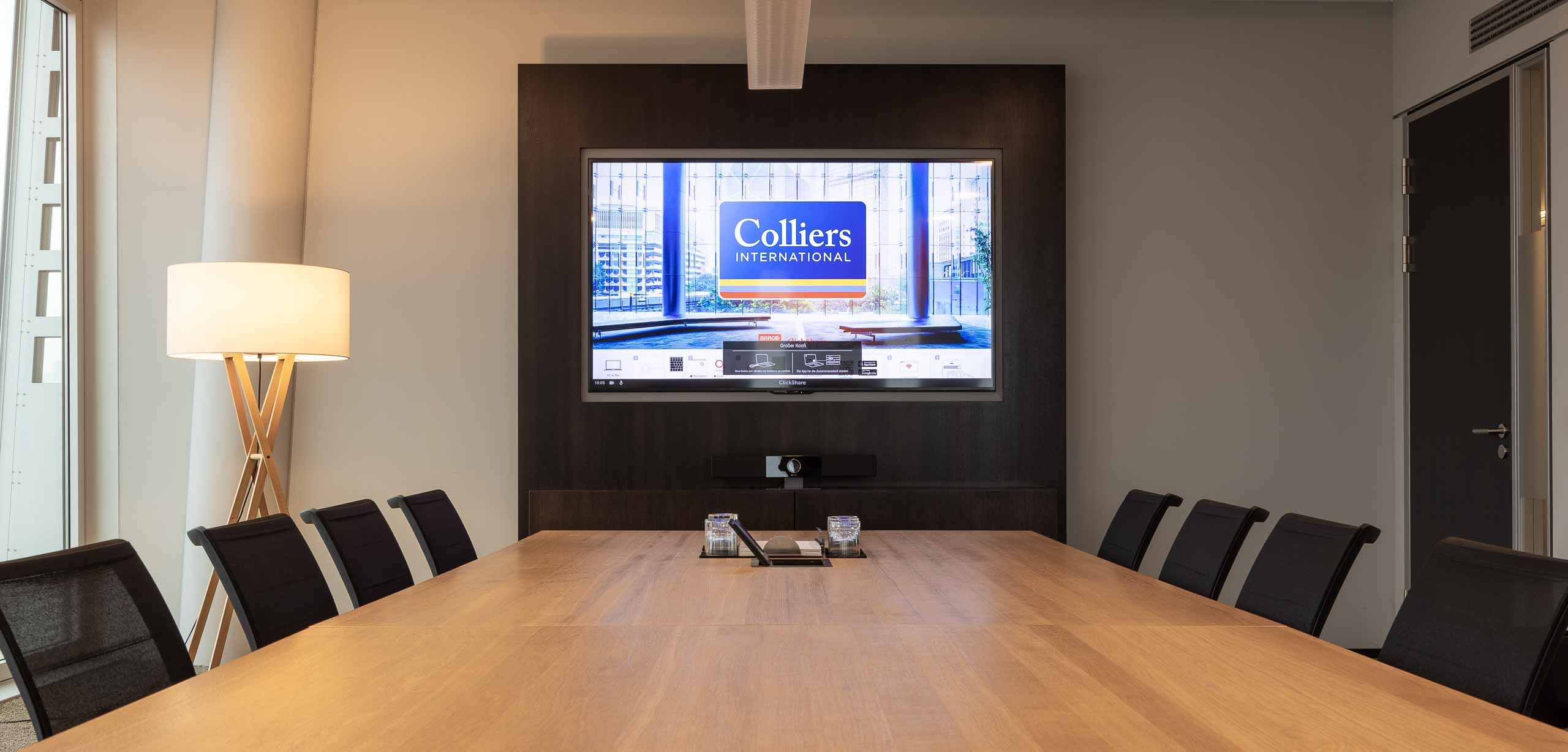 Colliers-Frankfurt-front
